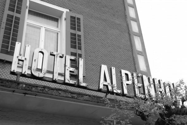 Spurensuche im Hotel Alpenhof